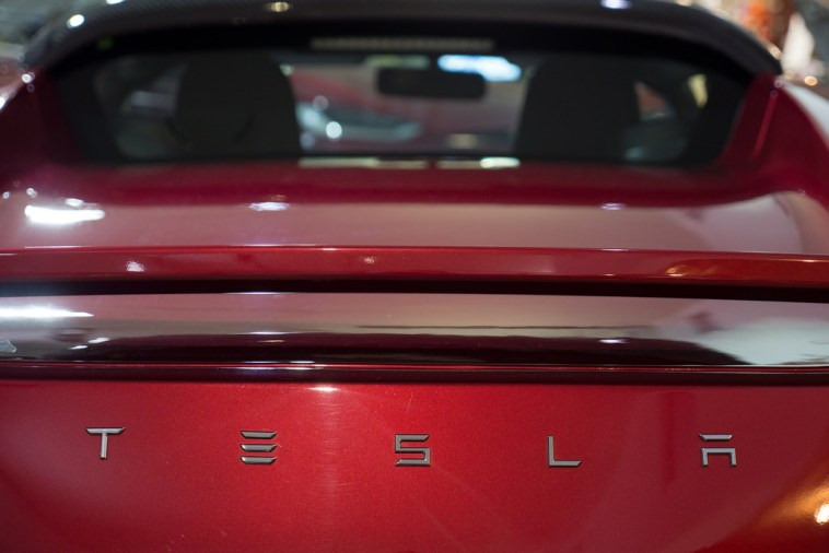 Connecticut Car Dealers Oppose Tesla's Attempts to Start Direct Car Sales in Connecticut