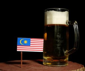 Malaysia cancels beer festival