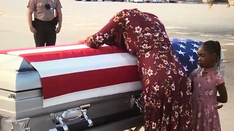 trump insensitive widow hero soldier