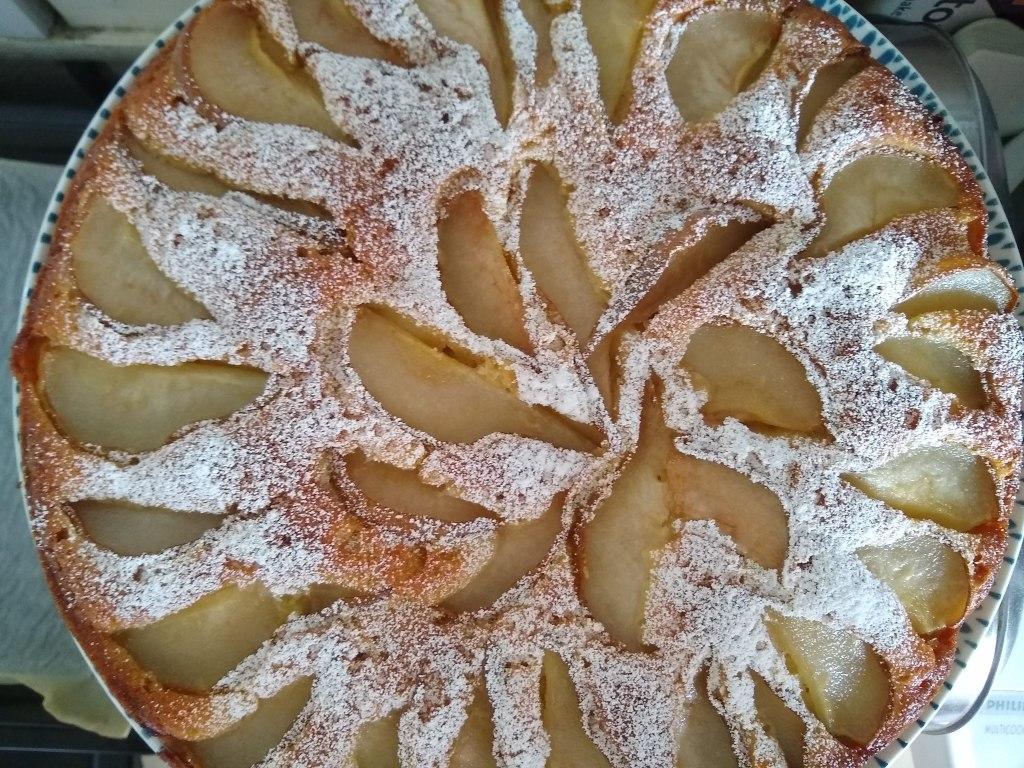 Pear and lemon cake