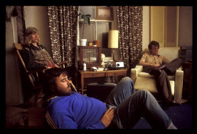Billy and other guessts in the living room on Heward Ave (3)