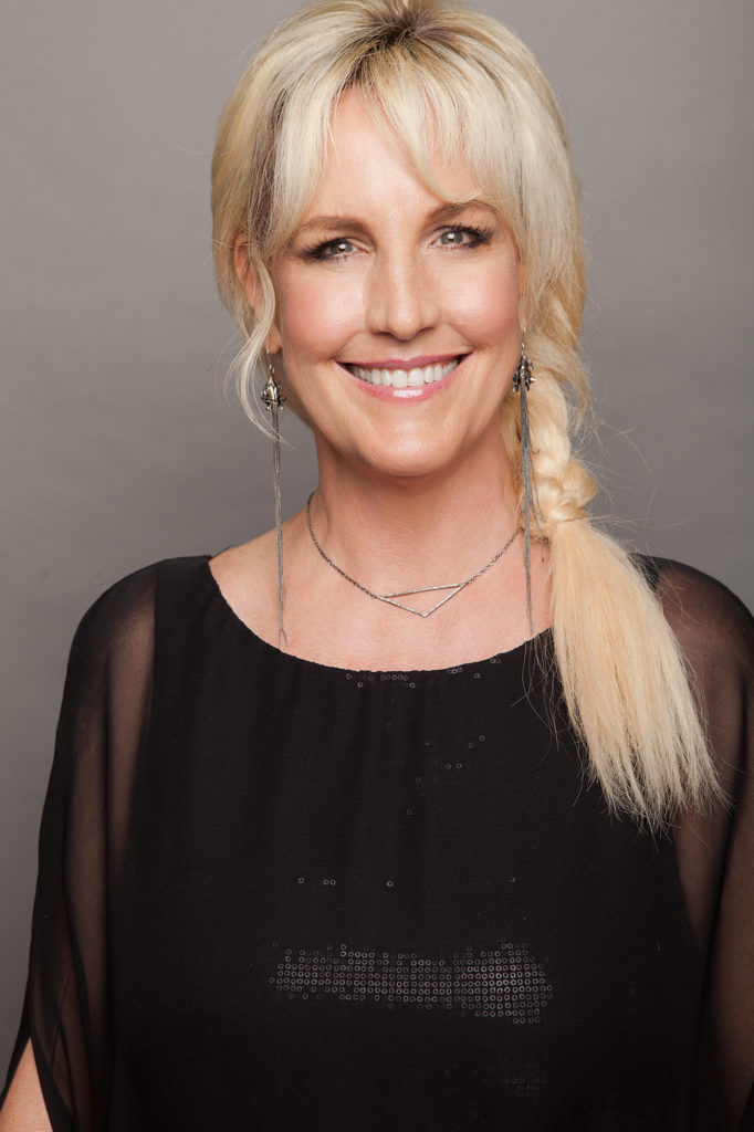 Erin Brockovich To Address Convention Attendees