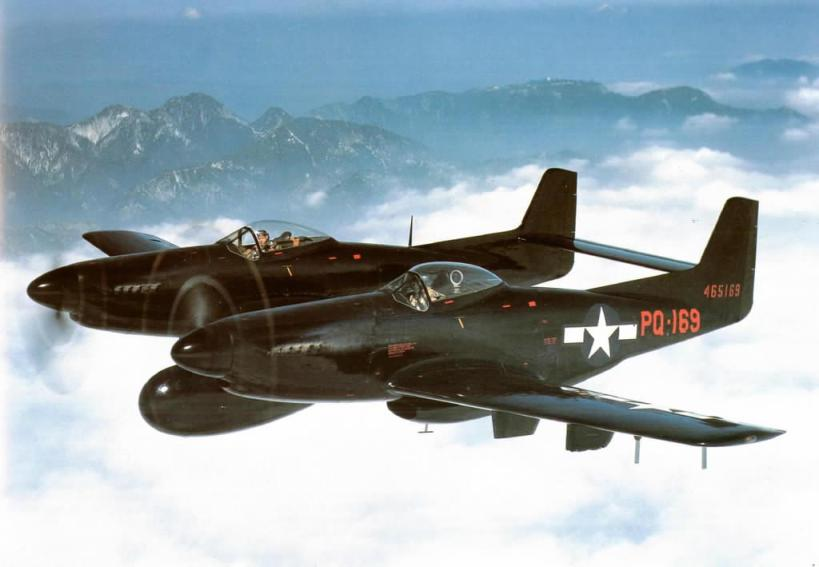 1-North-American-F-82-Twin-Mustang.jpg