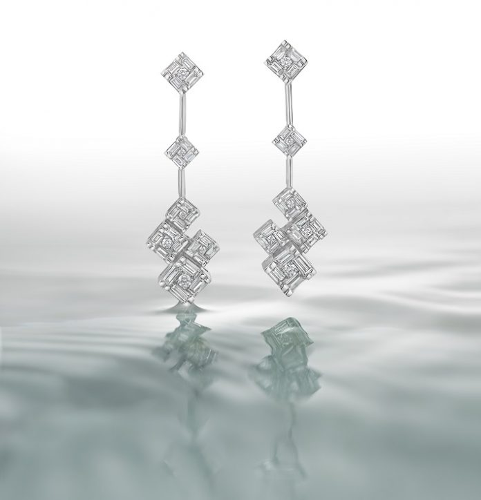 Earrings from the Samāvé collection by Zoya - A TATA Product