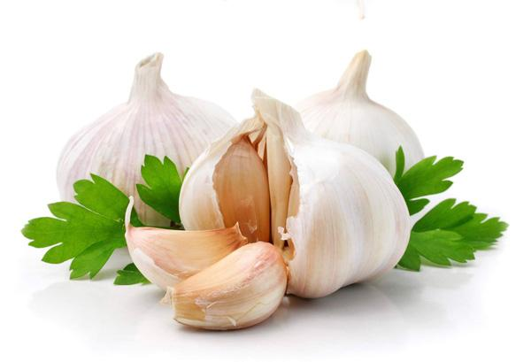 7 Uses Of Garlic You Would Never Have Guessed
