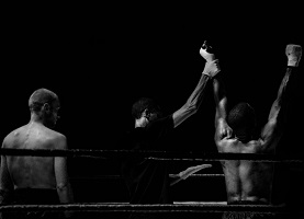 https://www.pexels.com/photo/black-and-white-sport-fight-boxer-3797/