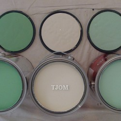 how to paint a room green