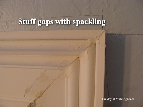 miter joint in door trim moldings