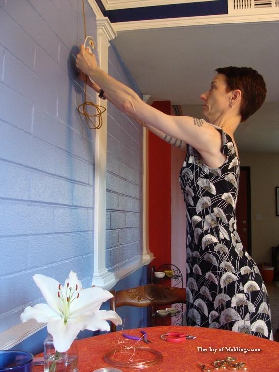jennifer-hanging-decorative plates-in-kitchen - The Joy of ...