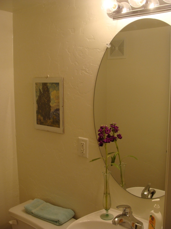 how to install moldings in small bathroom