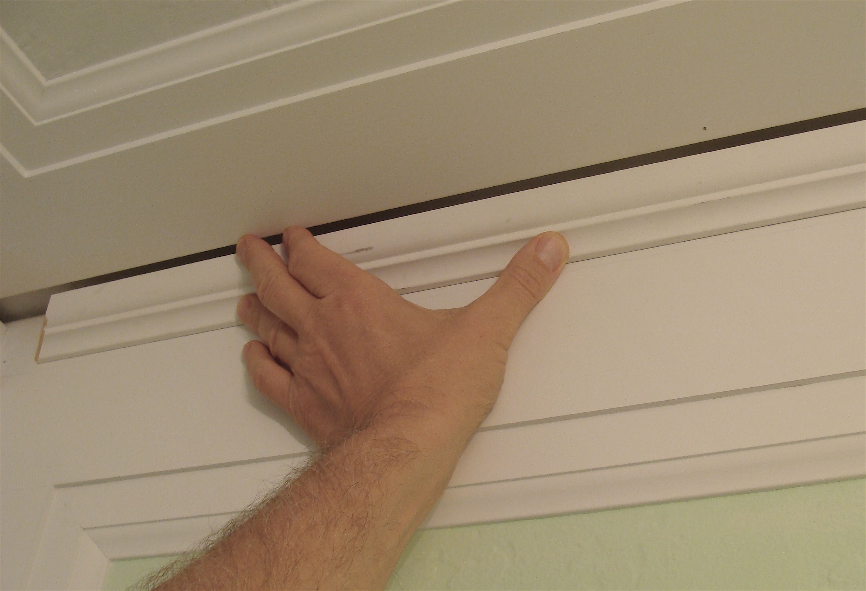 bathroom-crown-molding-gap - the joy of moldings