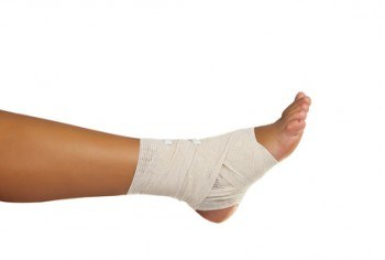 Ankle Pain: Causes and Natural Treatments
