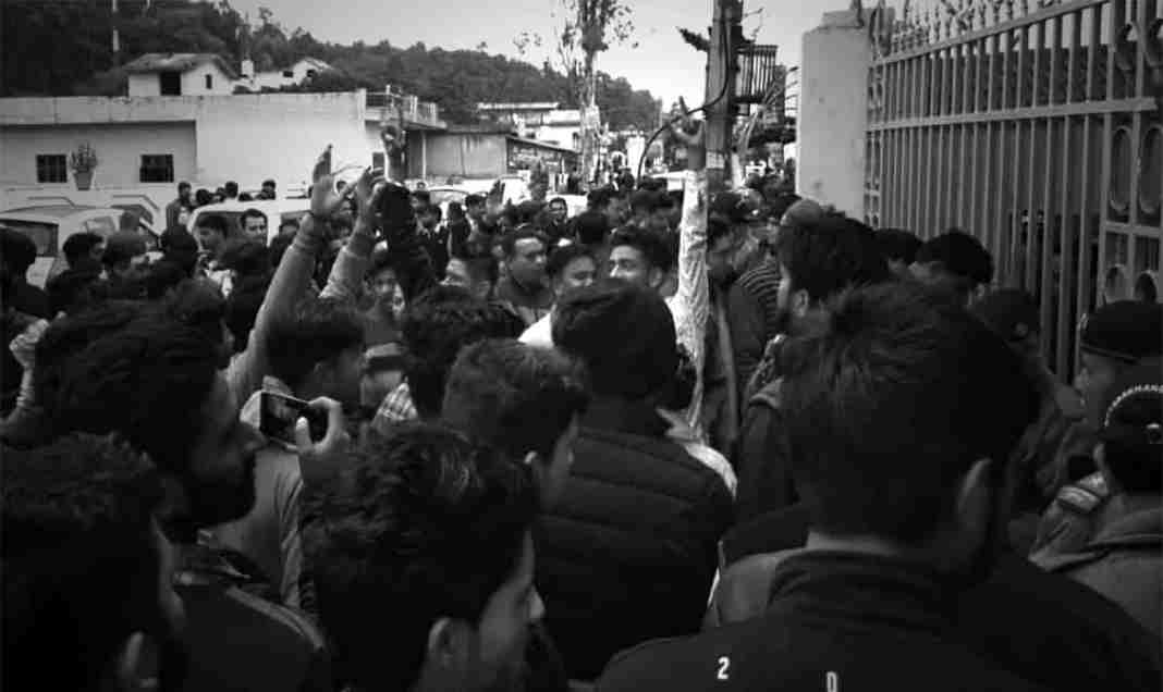 Kashmir,kashmiri girls, kashmir news