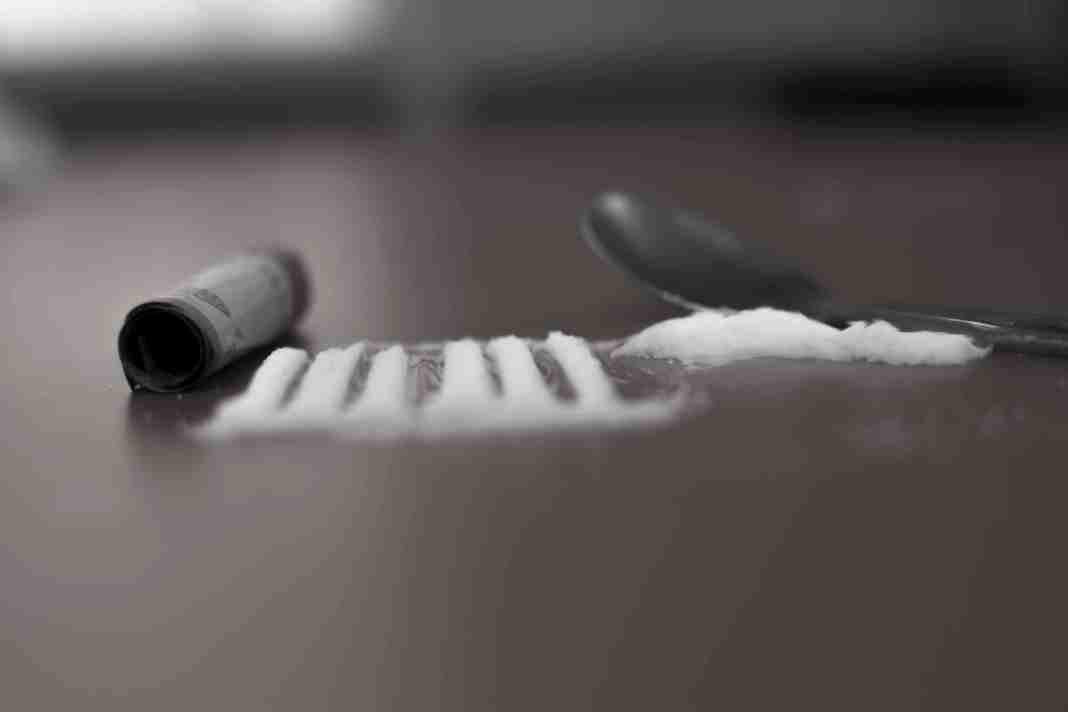 Heroin, kashmir drugs, drugs in kashmir, kashmir drug addiction,