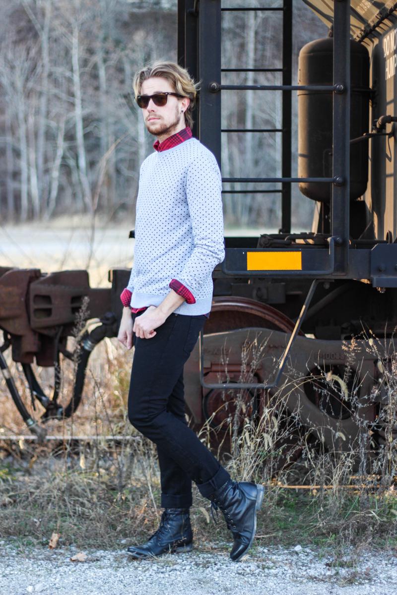 The Kentucky Gent in 21Men Polka Dot Sweatshirt, Just A Cheap Shirt Plaid Shirt, KR3W Black Jeans, Steve Madden Troopah2 Combat Boots, Ray-Ban Wayfarers