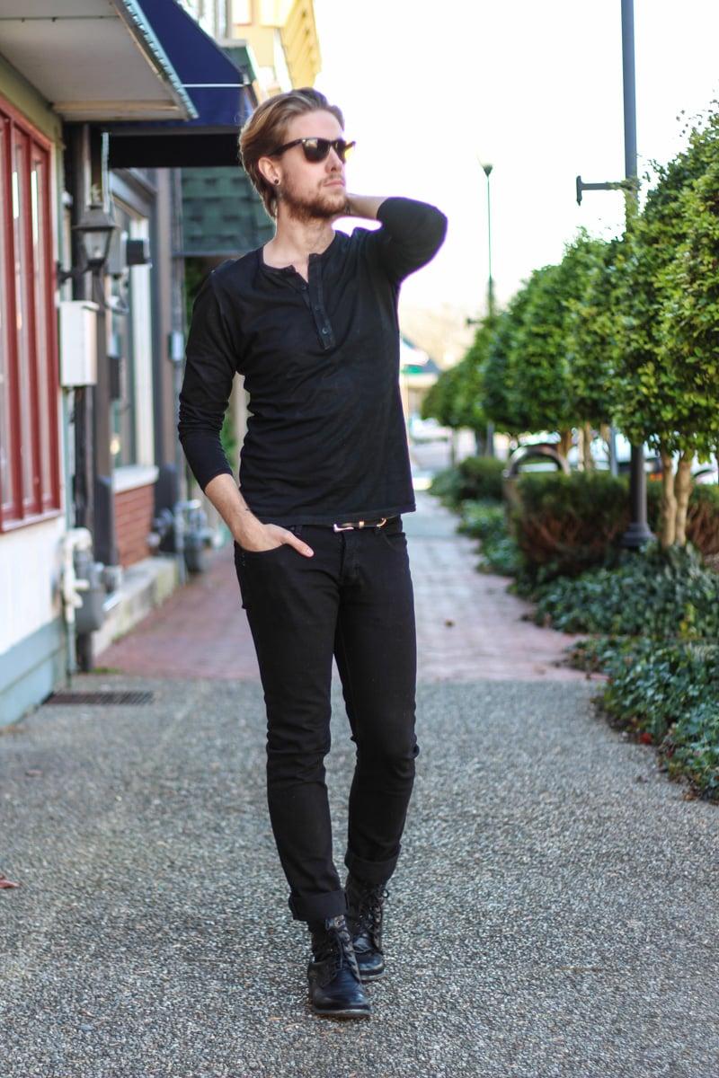 The Kentucky Gent in Kill City Waxed Long Sleeve Shirt, KR3W Black Jeans, Steve Madden Troopah2 Boots, Ray-Ban Wayfarers