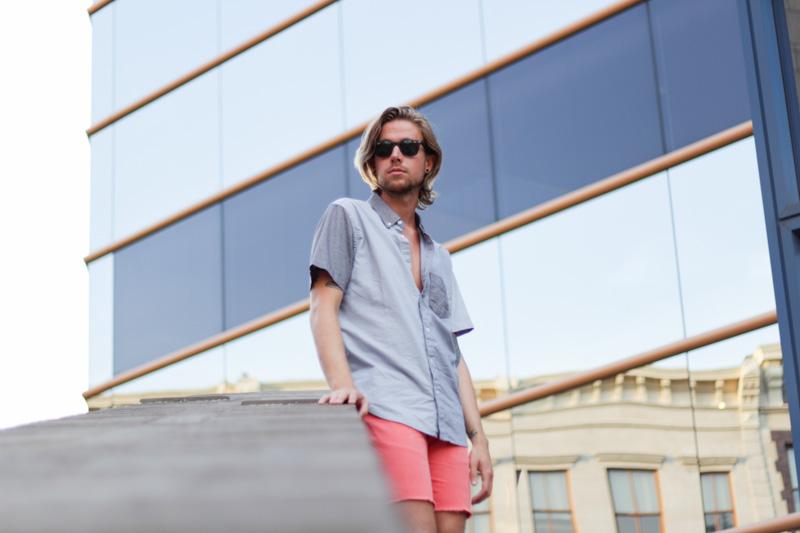 The Kentucky Gent in Aeropostale Color Block Short Sleeve Shirt, Hawkings McGill Cut Off Shorts, Zara Sandals, and Ray-Ban Wayfarers.