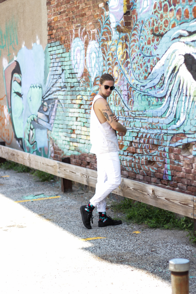 The Kentucky Gent in Obey Tank Top, H&M White Pants, Richer Poorer Ono Athletic Socks, Converse Chuck Taylors, and Spy Optic Sunglasses.