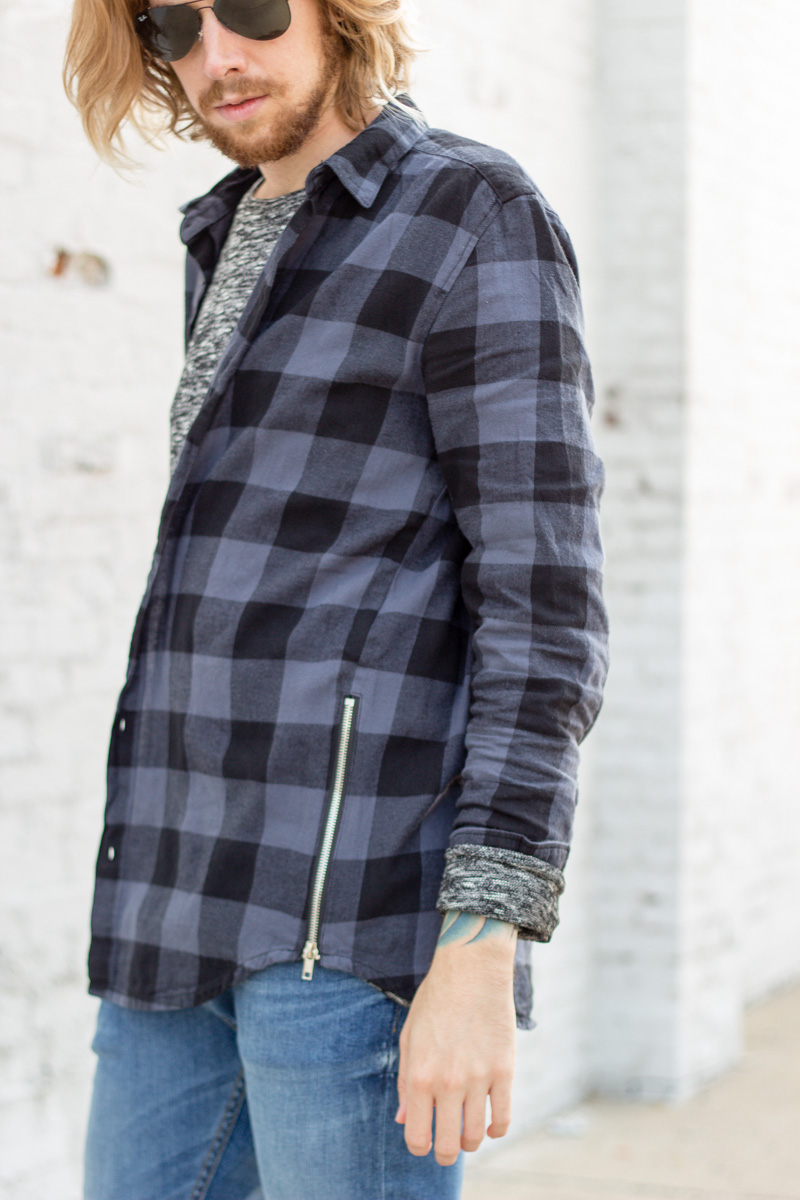 The Kentucky Gent in H&M Lightweight Sweater, H&M Side Zip Buffalo Plaid Shirt, H&M Skinny Jeans, Steve Madden Troopah Boots, and Ray-Ban Aviator Sunglasses.
