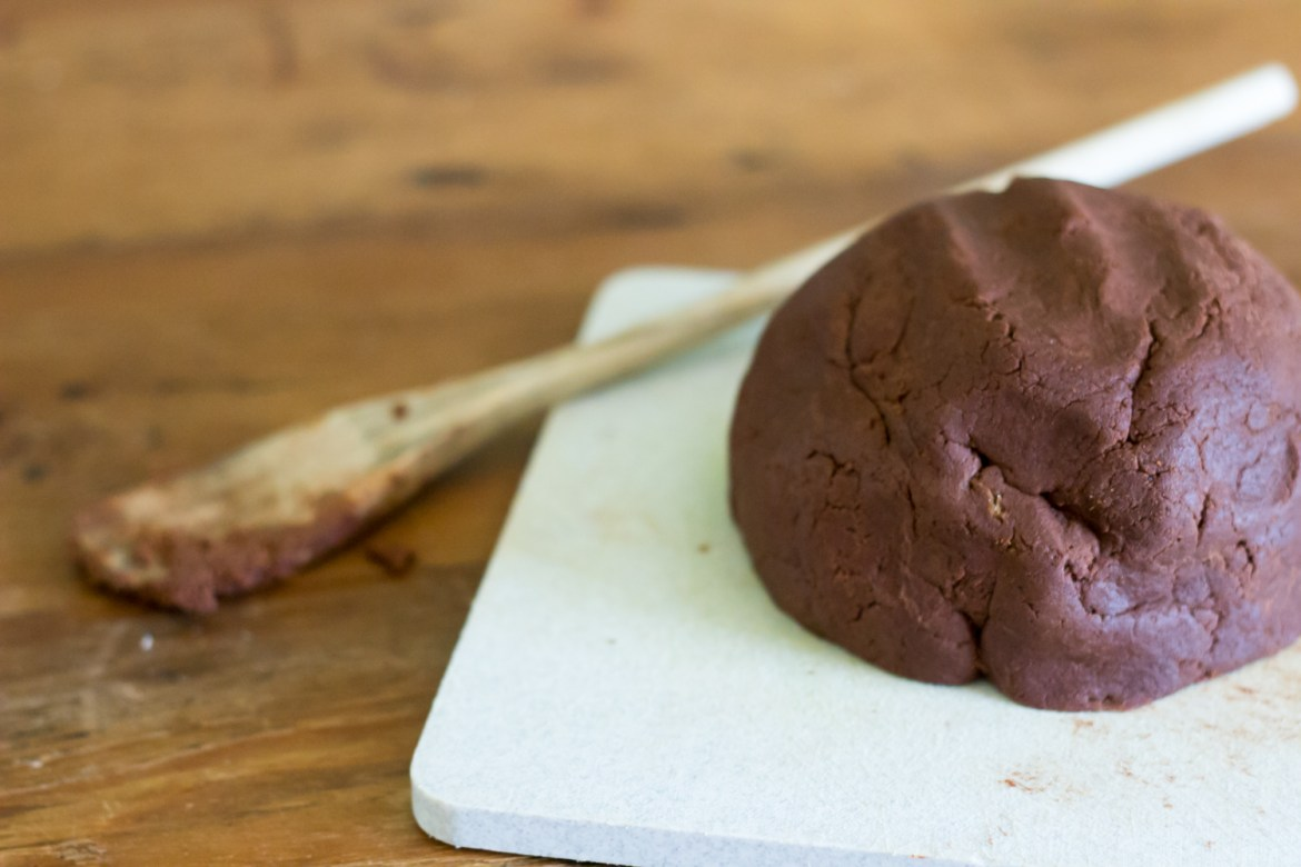 The Kentucky Gent bakes up Mexican Hot Chocolate Cookies with Cocoa Cinnamon Frosting.