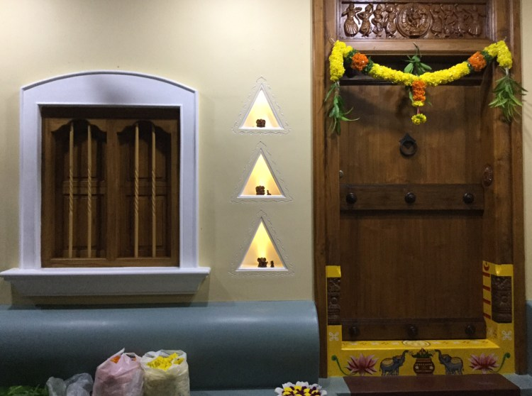 niche, lamp, light, oldstyle, indian home