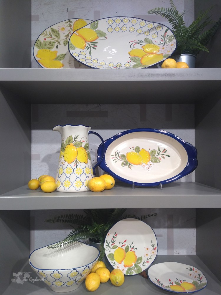 Lemons spotted in bowl sets showcases in the Ambiente 2019 trade fair