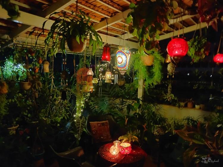 Jayashree Rajan's garden apartment tour on The Keybunch: The pergola at night