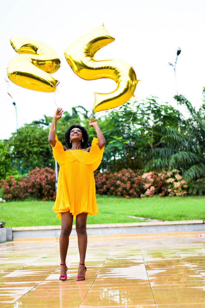 25th Birthday Photoshoot With Balloons