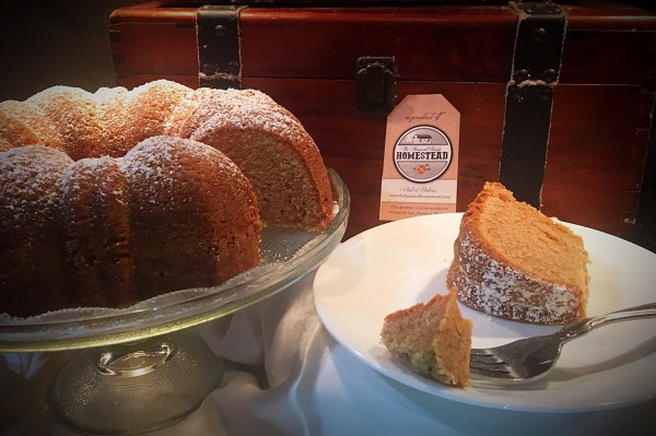 sour-cream-coffee-cake