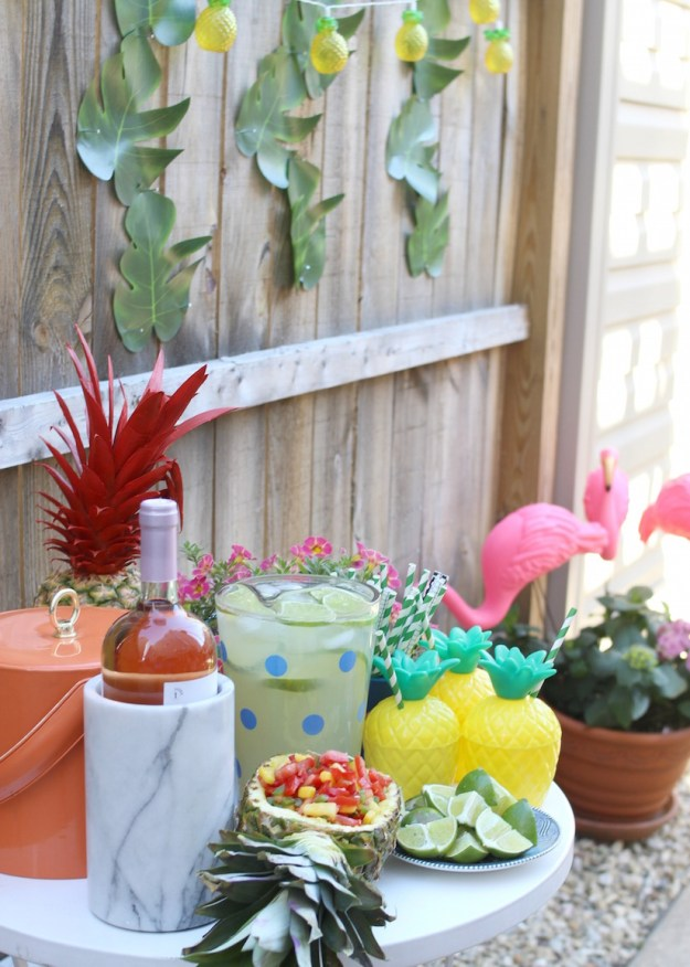 Summer Pineapple Theme Party