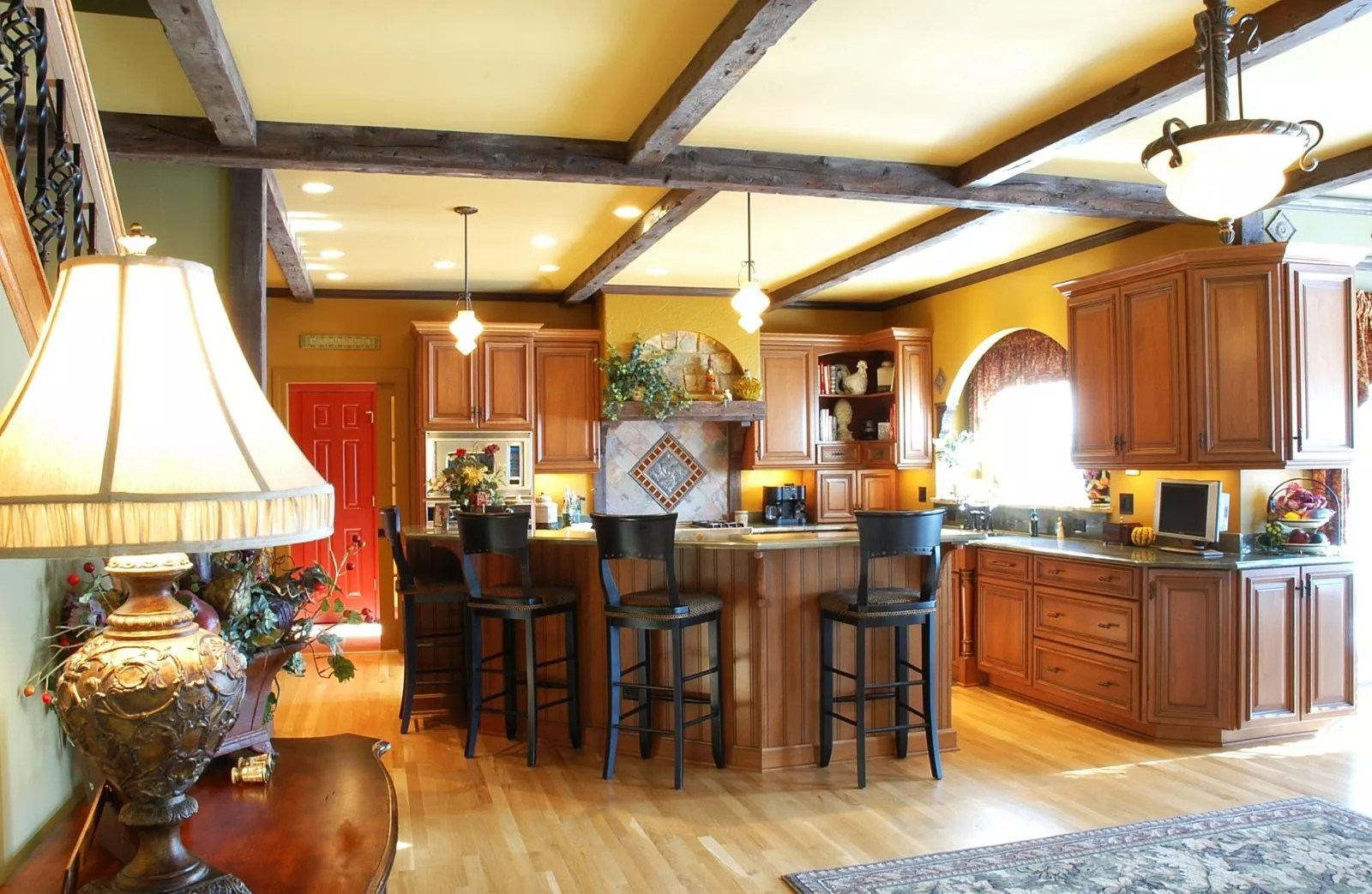 Rustic Traditional Kitchen Designs & Renovation Photo Gallery on Traditional Rustic Decor  id=21718