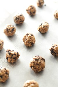These peanut butter cacao energy bites are full of flavor, nutrients, and chocolate goodness. They're naturally sweet, pack a punch of protein and healthy fats, and make for the perfect snack.