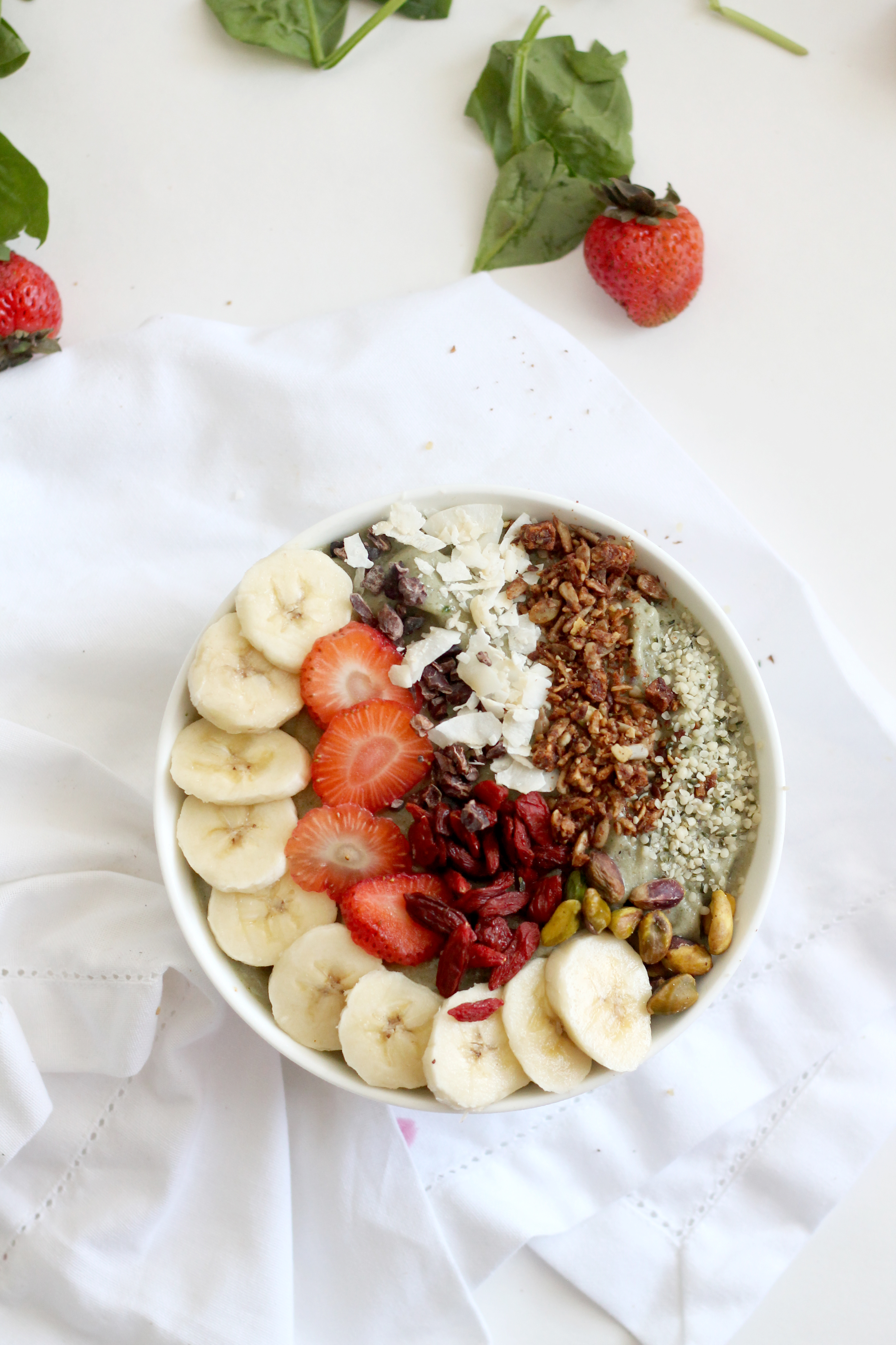 These tips and tricks should help you create the PERFECT smoothie bowl! Learn all about toppings, how to make it thick, what to include in it, and more.