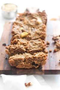 This apple cinnamon breakfast bread is the perfect snack or addition to a quick breakfast. It's vegan, gluten free, refined sugar free, and absolutely delicious. Filled with natural sweetness and nutrients, this is great with nut butter or crumbled over yogurt!