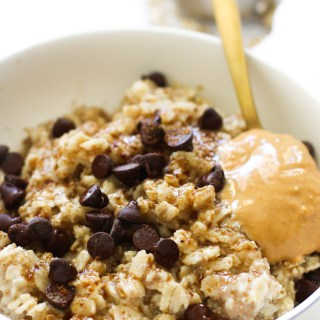 This peanut butter cup oatmeal is vegan, gluten free, and practically dessert for breakfast. Made with easy ingredients, naturally sweet, and incredibly satisfying, it's perfect for a Sunday breakfast or brunch.