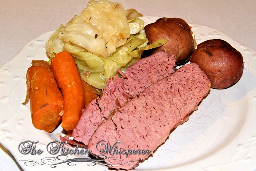 Guinness Crock Pot Corned Beef & Cabbage with a Guinness ...