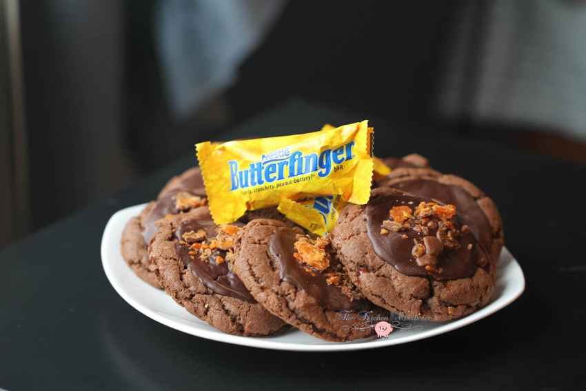 Chocolate Cookie Butter Cookies with Butterfinger Crumbles4