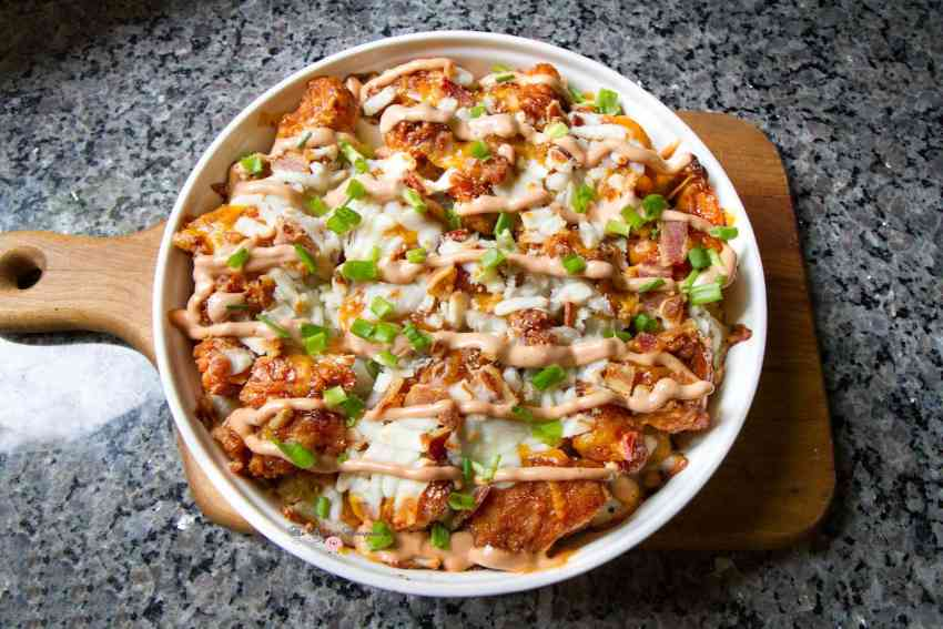 bbq-cracked-chicken-tot-cheeeesy-casserole5