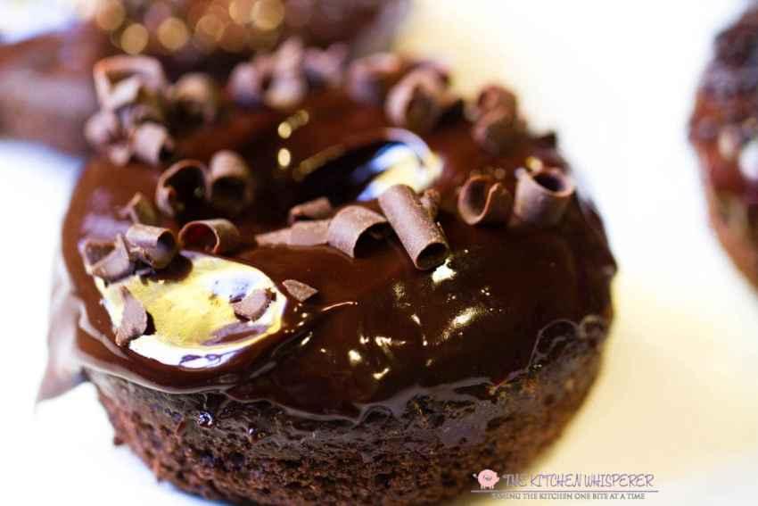chocolate-chunk-cake-donuts6