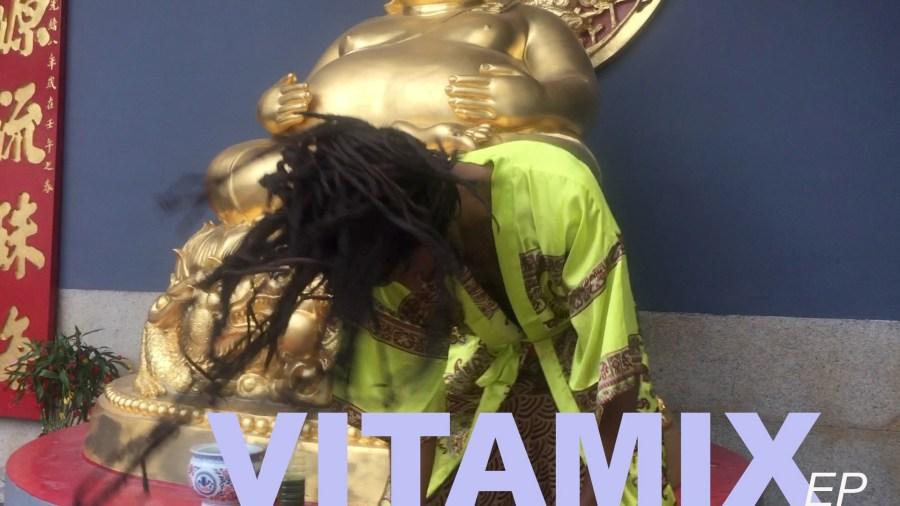 40_still_VITAMIX-LOGO