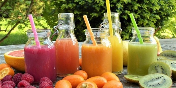 Smoothies fruit juice