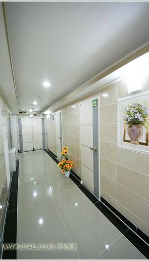 Goshiwon corridor - Blog Corée du Sud - the korean dream
