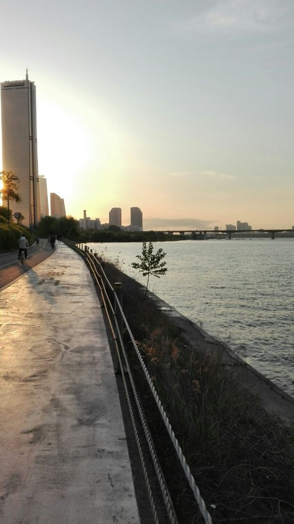 Yeouido (7) - vélo au bord de la riviere Han - Blog corée du Sud - the korean dream