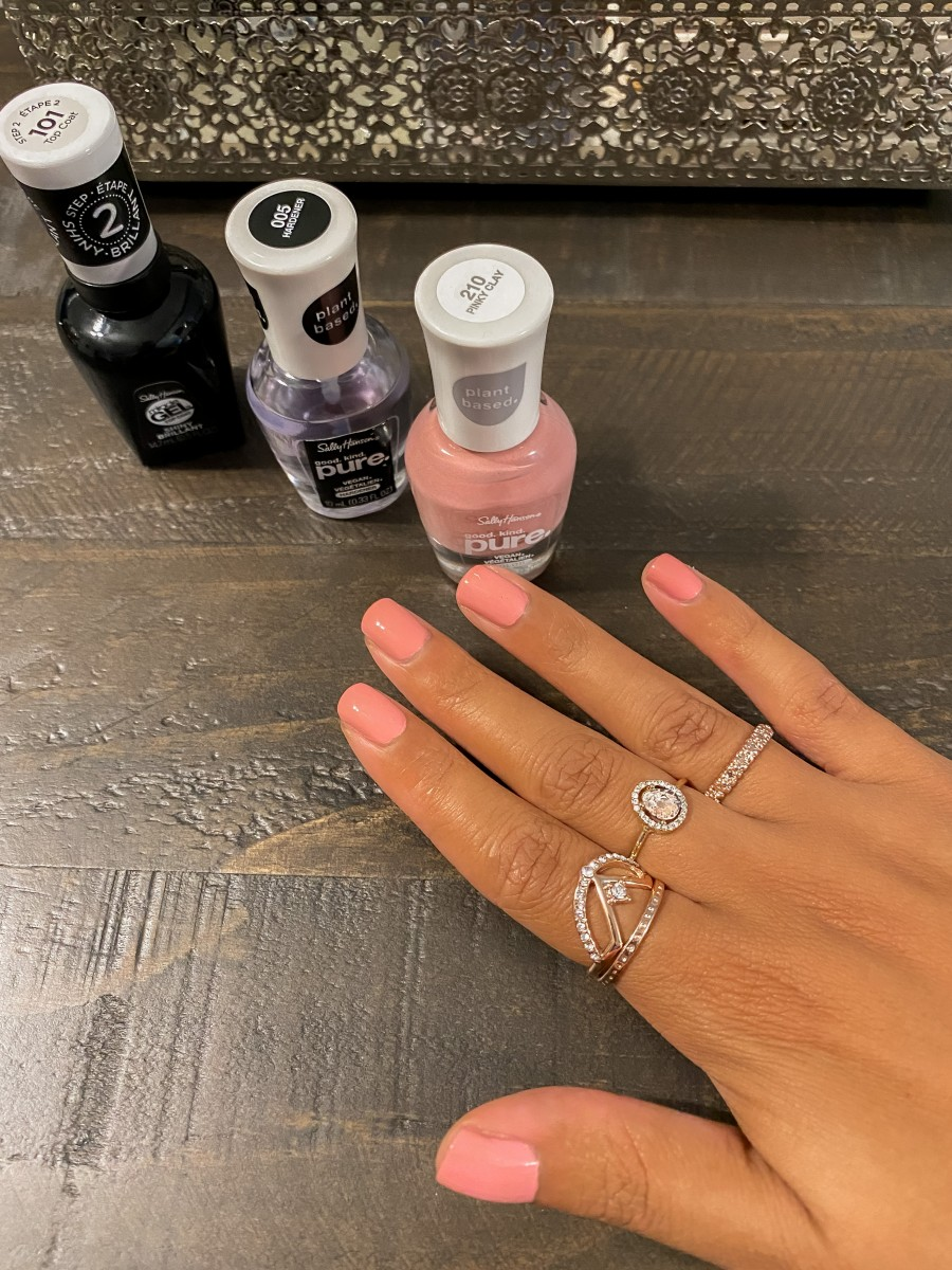 How to Prevent Nail Polish Bubbles
