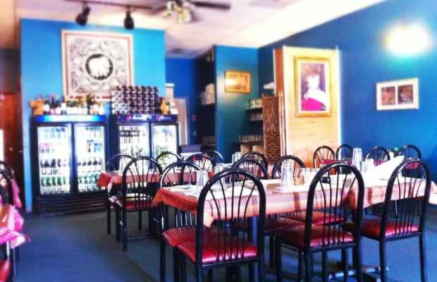 "Bangkok Flavor's seating area is spacious enough to seat dozens every night (Courtesy of Yelp user ""D K."")."