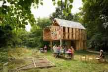 Ecology of Colour (Dartford, Kent): www.studioweave.com/projects/detail/ecology-colour