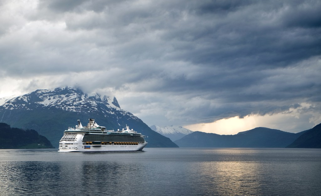 Take a cruise to fully see what Norway has to offer. TRAVELLING NORWAY | Five reasons why you should book a flight to Norway right now | The Lady-like Leopard
