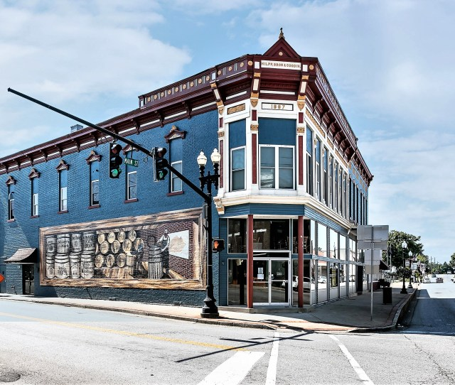 202 W Main Street Lebanon Complete Walk Out Real Estate All Restaurant