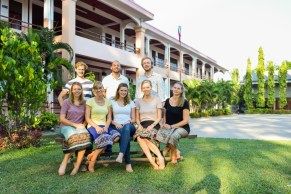 Team III in front of the secondary school in Ban Phang Heng (not in the picture: Denise and Lena, who work at the LGTC)
