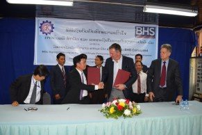 Somlith Virivong, Director of the LGTC, and Christian Engel, Managing Director of BHS, during the MoU ceremony on the 15th of December 2015